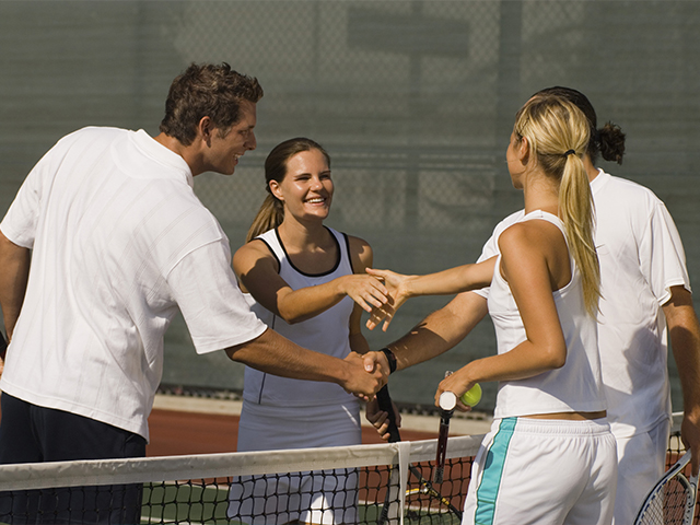 http://oxigeno.bold-themes.com/tennis/wp-content/uploads/sites/4/2017/10/history_inner_02.jpg