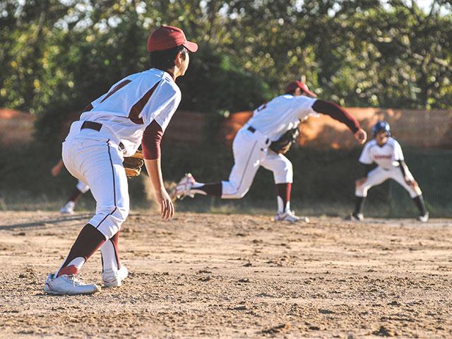 https://oxigeno.bold-themes.com/baseball/wp-content/uploads/sites/7/2017/10/inner_classes_06.jpg