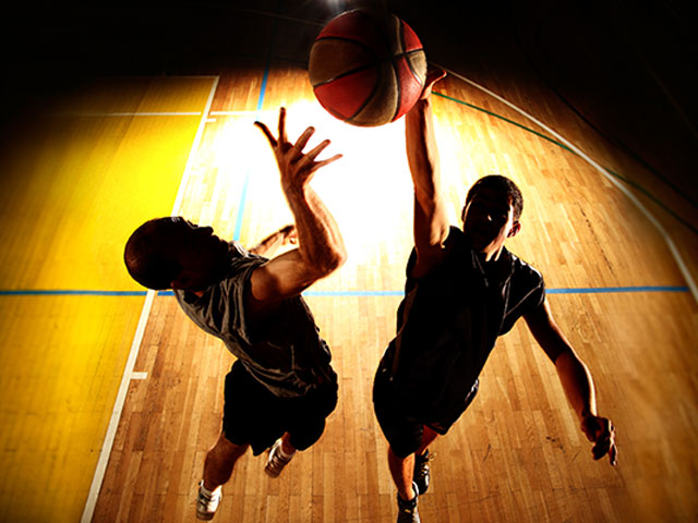 https://oxigeno.bold-themes.com/basketball/wp-content/uploads/sites/6/2017/10/inner_classes_06.jpg