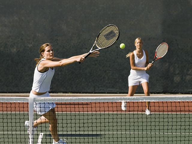 https://oxigeno.bold-themes.com/tennis/wp-content/uploads/sites/4/2017/10/inner_classes_01.jpg